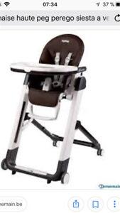 Recherche chaise haute Peg perego siesta