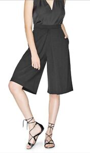 Brand New Guess Culotte Pant Size Medium