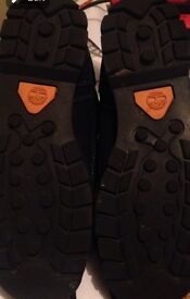 Genuine boys Timberland boots size 2.5 (not baby size)