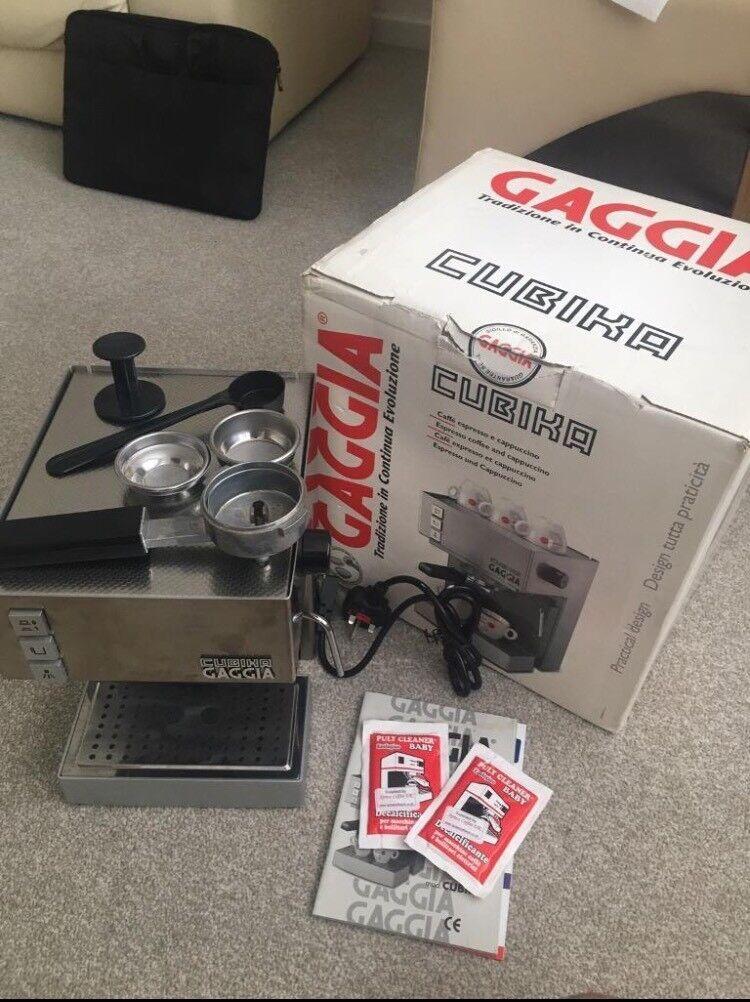 GAGGIA CUBIKA espresso machine with milk steamer - practically brand new
