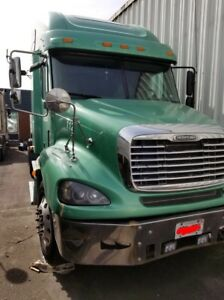 FREIGHTLINER COLUMBIA TRUCK FOR SALE