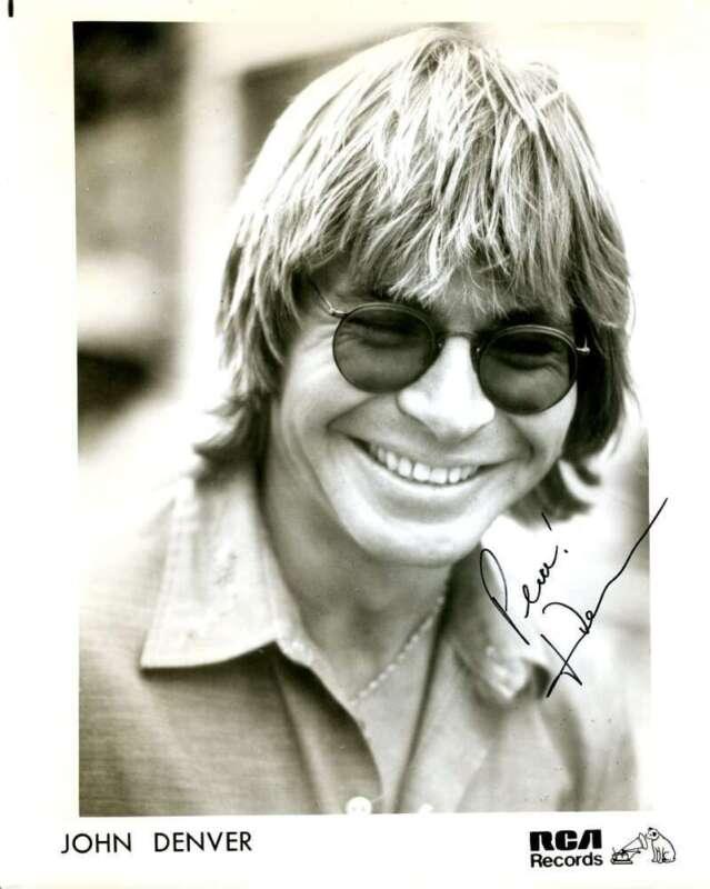 John Denver PSA DNA Cert Signed 8x10 Photo Autograph