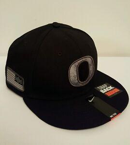 NWT-NIKE OREGON DUCKS Camo Pioneer Pack 33 Rare SnapBack Hat