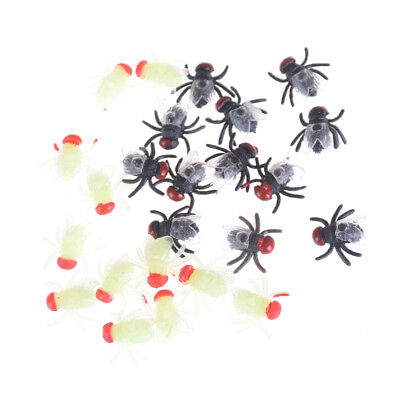 12pcs Plastic Luminous Insect Bugs House Fly Trick Kids Toy Decoration Props B9 (Plastic Bugs)