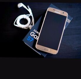 Samsung galaxy S7 in GOLD, 32gb, Unlocked