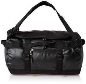 North Face duffel bag - Brand New/90L/Black