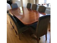 Dining table with 8 chairs plus matching sideboard