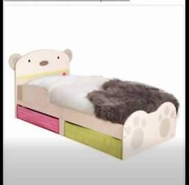 Bear Toddler Bed and mattress