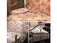Sing bed Victorian style gold
