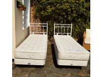 REST ASSURED SINGLE BEDS WITH MATTRESSES SET OF 2 EXCELLENT CONDITION