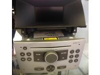 Vauxhall Astra CD30 MP3 with screen& casing.