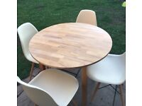 Solid oak drop leaf table & 4 cream chairs