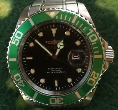 Invicta Pro Diver Submariner Watch, Green/Black, Model 22072 VGC