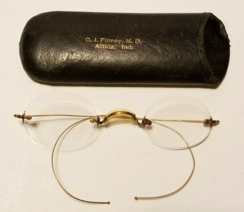 EYEGLASSES Gold Reading Glasses 19th C 1800s SPECTACLES & Dr CJ Finney CASE