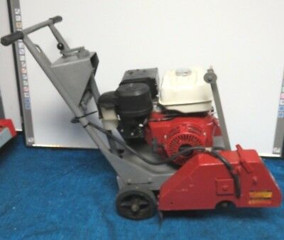 Concrete Saw Walk Behind Honda Gx390 18. No Blade. 1 Shaft Runs Good