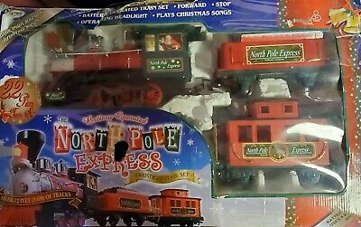 EZTEC North Pole Express Christmas Train Set Battery Operated 22 Piece Train Set