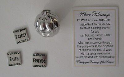 P THREE BLESSINGS Prayer Box Charm friends faith family Pumpkin pendant triplet ()