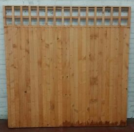 6'x6' Closed board vertical fence panels with trellis top design