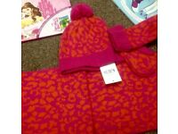 M&S girls hat scarf & mitts set BRAND NEW 6-10 yrs