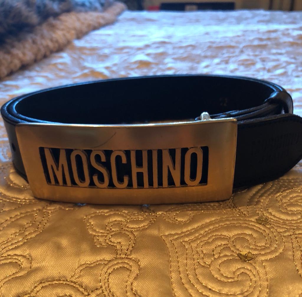 9d086093e7c Moschino black leather belt | in Romford, London | Gumtree