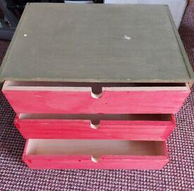 Small set of drawers (wood - Ikea)