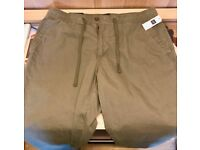Gap Khakis 'Lived In Jogger' - Size L - New With Tags