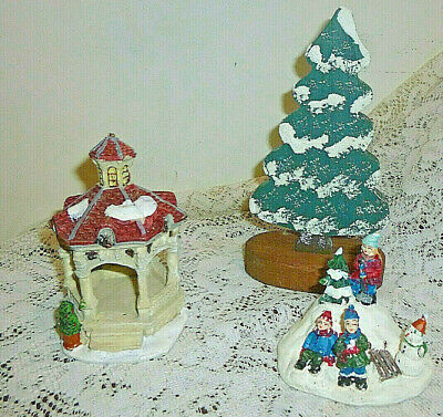 Lot of 3 Chrisrmas Decorations Gazebo, Christmas Villagers, Small Wooden Tree ()