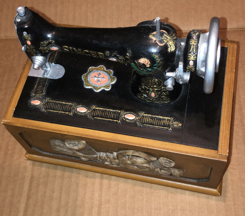 Singer Sewing Machine Wooden Wood Storage Box Sewing Kit W/ Extras