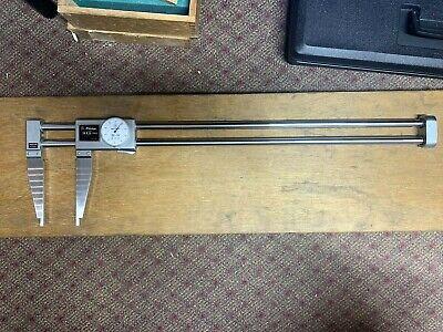 Mitutoyo 537-511 24 Dual Beam Digital Dial Calipers