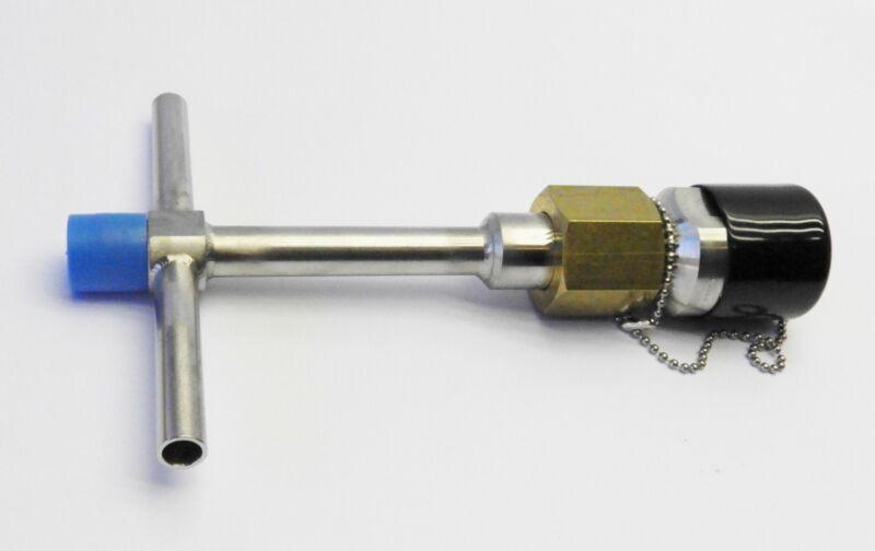 Macro Technologies 13785 LNG Female, QDV, 10 GPM/Vent, Long Str. Handle