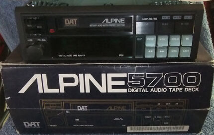 ALPINE 5700 DAT PLAYER VERY RARE