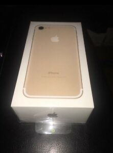 Iphone 7 32gb Gold Brand New Sealed  rogers