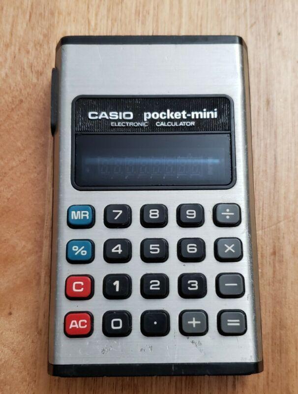 RARE! Vintage Casio Pocket Mini Calculator P-810 - WORKING!