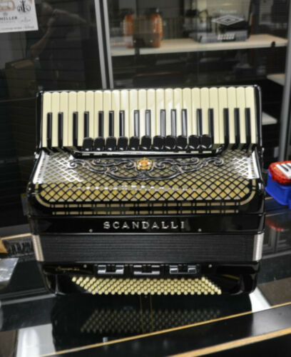 Scandalli Super VI Piano Accordion