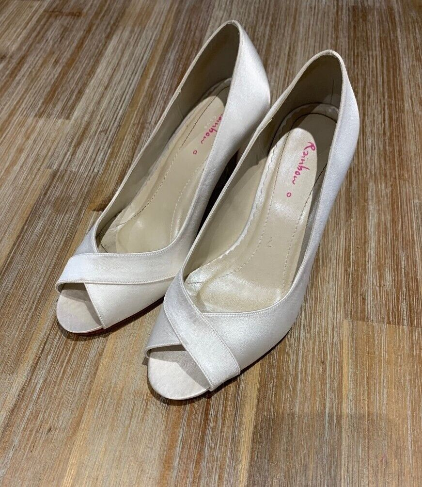 896a756b6e Rainbow Club Alexa Bridal Shoes Size 5 FREE postage | in Willesden, London  | Gumtree