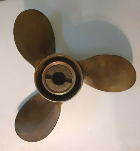 Michigan Boxed and UNUSED Boat Machine Pitch Propeller Brass~AMC 330