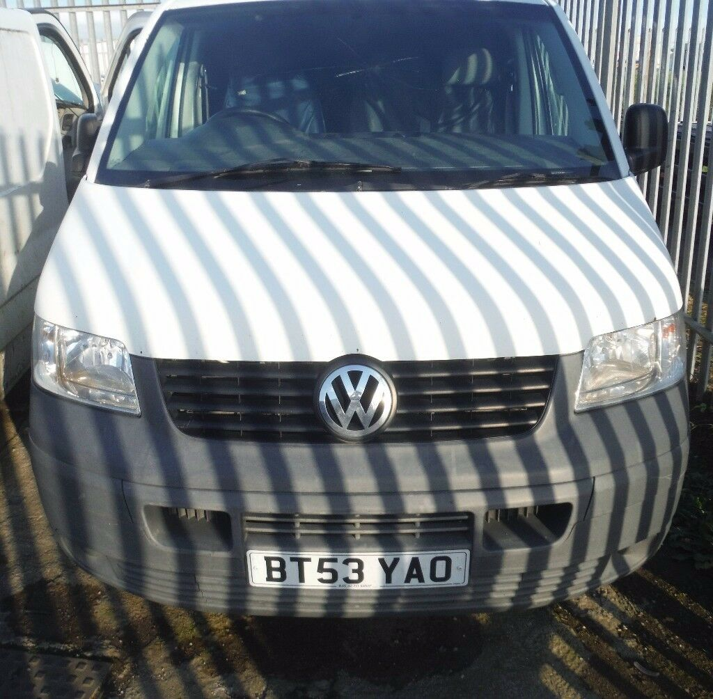 vw t5 breaking vehicle for parts.