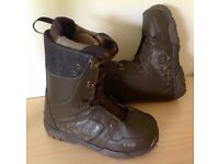 Snowboard Boots Size 6.5 (40) Unisex - Used once, Excellent condition