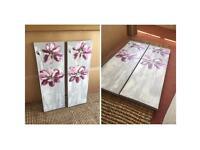 Flower canvas pair