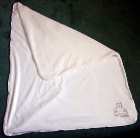 BabyGap cream fleece blanket