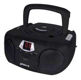 GROOV-E BOOMBOX RADIO AND HEADPHONE JACK