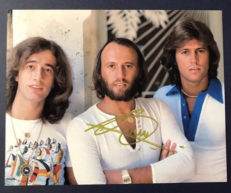 BARRY GIBB SIGNED 8x10 PHOTO AUTOGRAPHED THE BEE GEES ORIGINAL LEAD SINGER COA