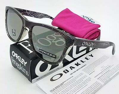 NEW Oakley Frogskins sunglasses NYC Black Prizm Urban AsianFT 9245-6854 (Oakley Nyc)