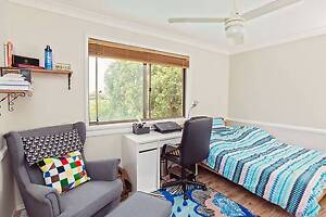 Carindale furnished single room, easygoing housemates! Carindale Brisbane South East Preview