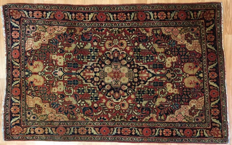 Sensational Sarouk - 1920s Antique Persian Rug - Floral Carpet - 3.1 X 4.11 Ft.
