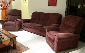 Lounge and Recliner set Labrador Gold Coast City Preview