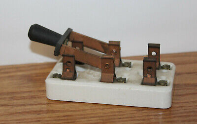 Vintage White Porcelain Leviton 25a Amp 125v Double Pole Knife Switch Steampunk