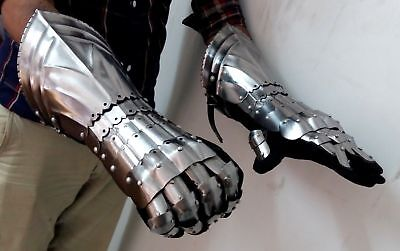 Medieval Warrior Metal Gothic Knight Style Gauntlets Functional Armor Gloves - Medieval Warrior Knight Armor