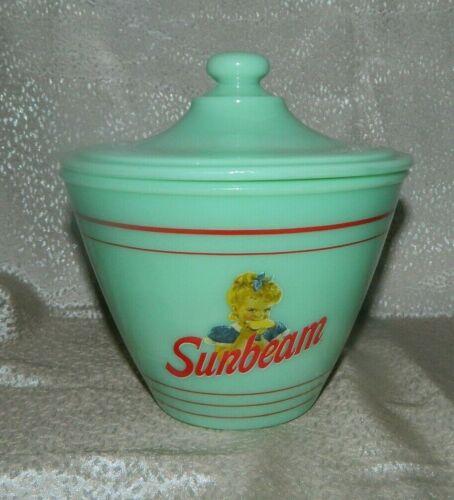 Jadeite Green Jade Glass Sunbeam Bread Grease Jar with Lid Great L@@KING