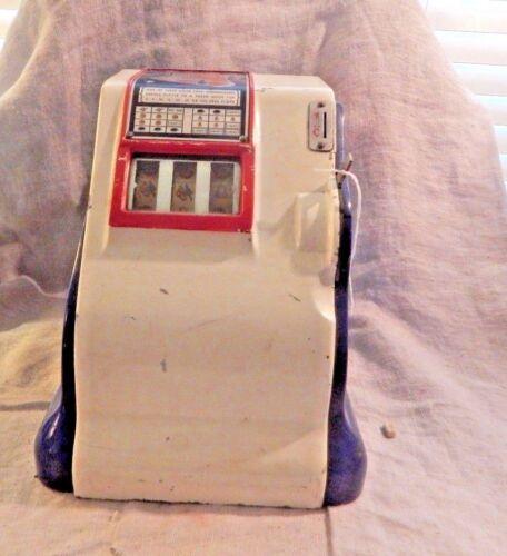 Liberty Bell Groetchen 1 cent Trade Stimulator 1940s Blue Slot Machine Penny